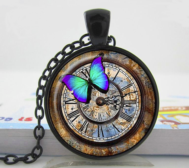 PA-104_blue-butterfly-clock-face.png