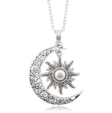 PA-107_Sun-and-moon-silver-pendant1.png
