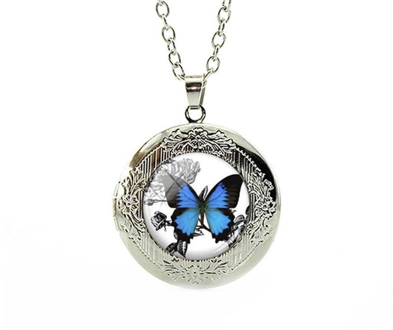 PA-118_Vintage-look-Butterfly-Locket-Pendant_Blue-Morpho_silver.png