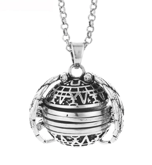 PA-119_Angels-Wings-Four-Photos-Locket_antique-silver1.png