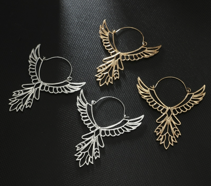 PA-121_Winged-Hoops-Earrings_silver-and-gold-pairs.png