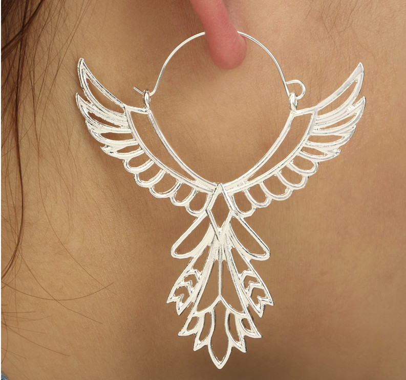 PA-121_Winged-Hoops-Earrings_silver_model1.jpg