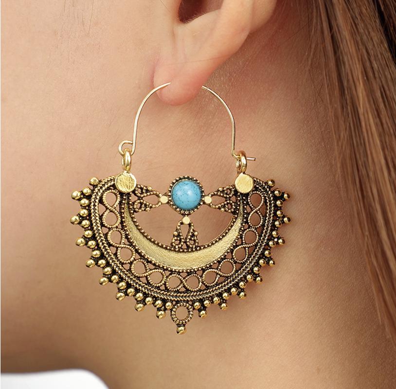 PA-122_Vintage-look-Semicircle-and-turquoise-hoop-earrings_bronze_model2.png