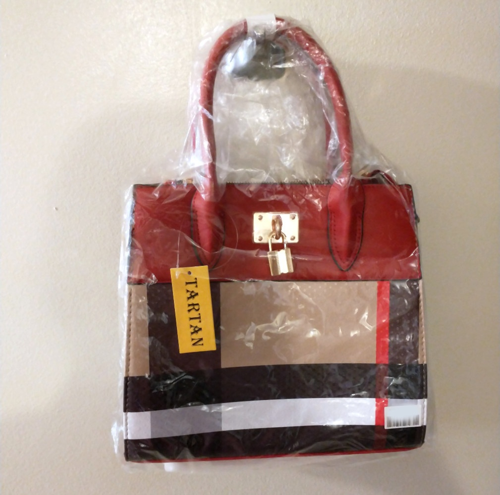 BAG1_Red and Plaid Check Padlock 2-in-1 Bag-in packaging1