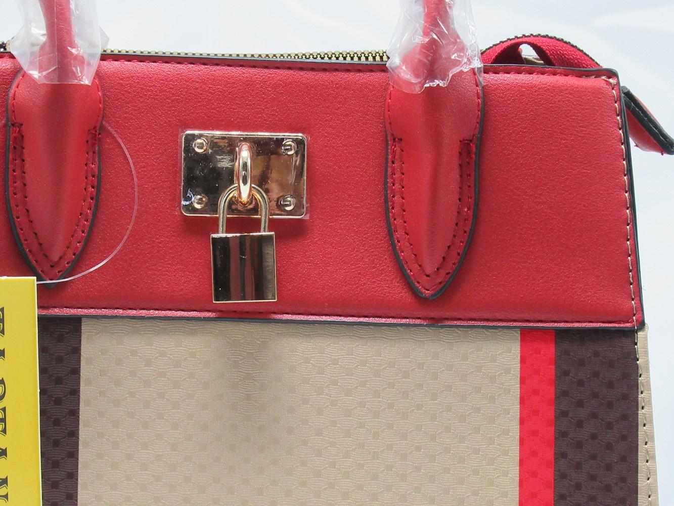 BAG1_Red and Plaid Check Padlock 2-in-1 Bag-lock1