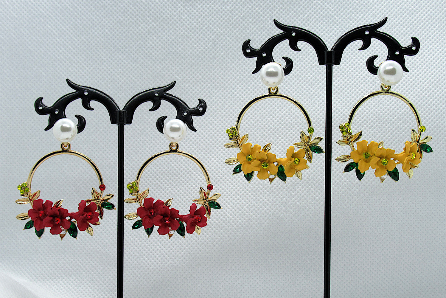 PA-301-302_Crystal and Pearl Floral Wreath Hoop Earrings-yellow-red1