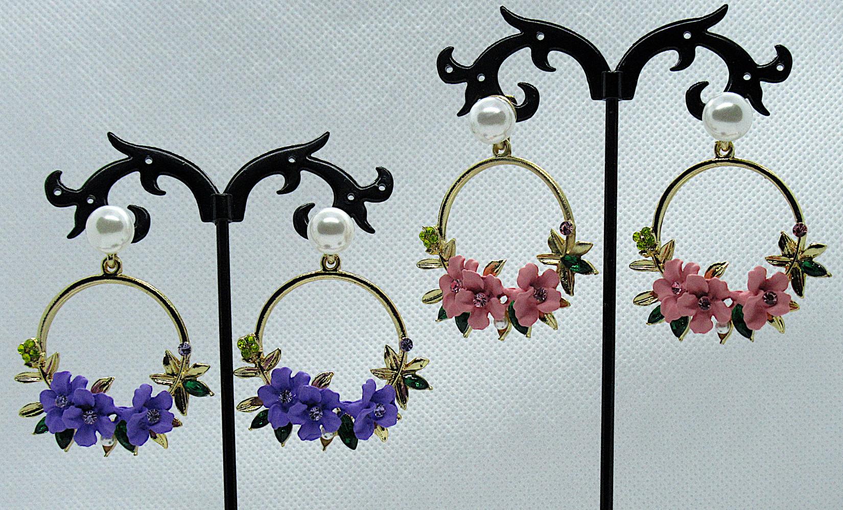 PA-303-304_Crystal and Pearl Floral Wreath Hoop Earrings-pink-purple1