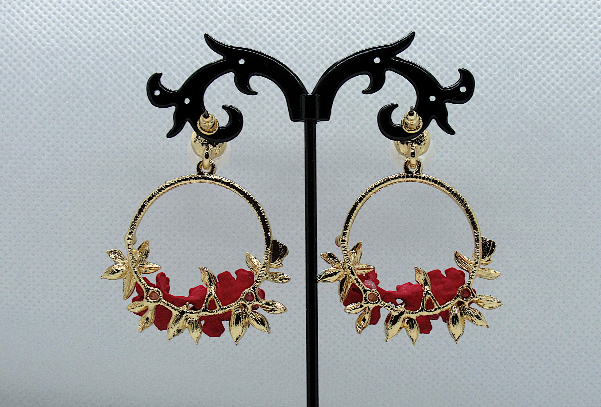 PA-302_Crystal and Pearl Floral Wreath Hoop Earrings-Red-back