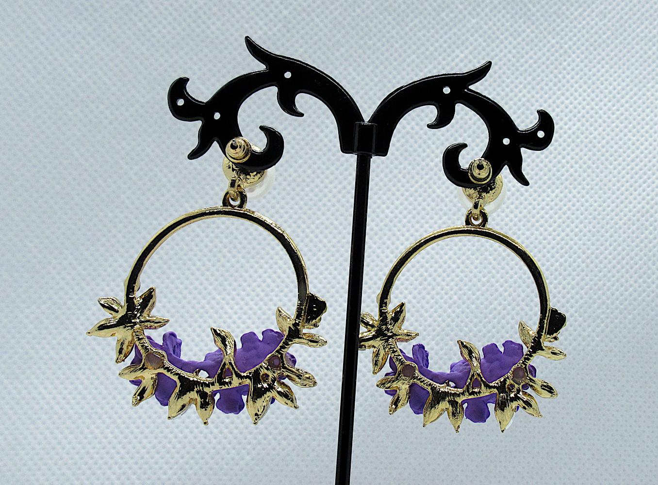 PA-303_Crystal and Pearl Floral Wreath Hoop Earrings-purple-back