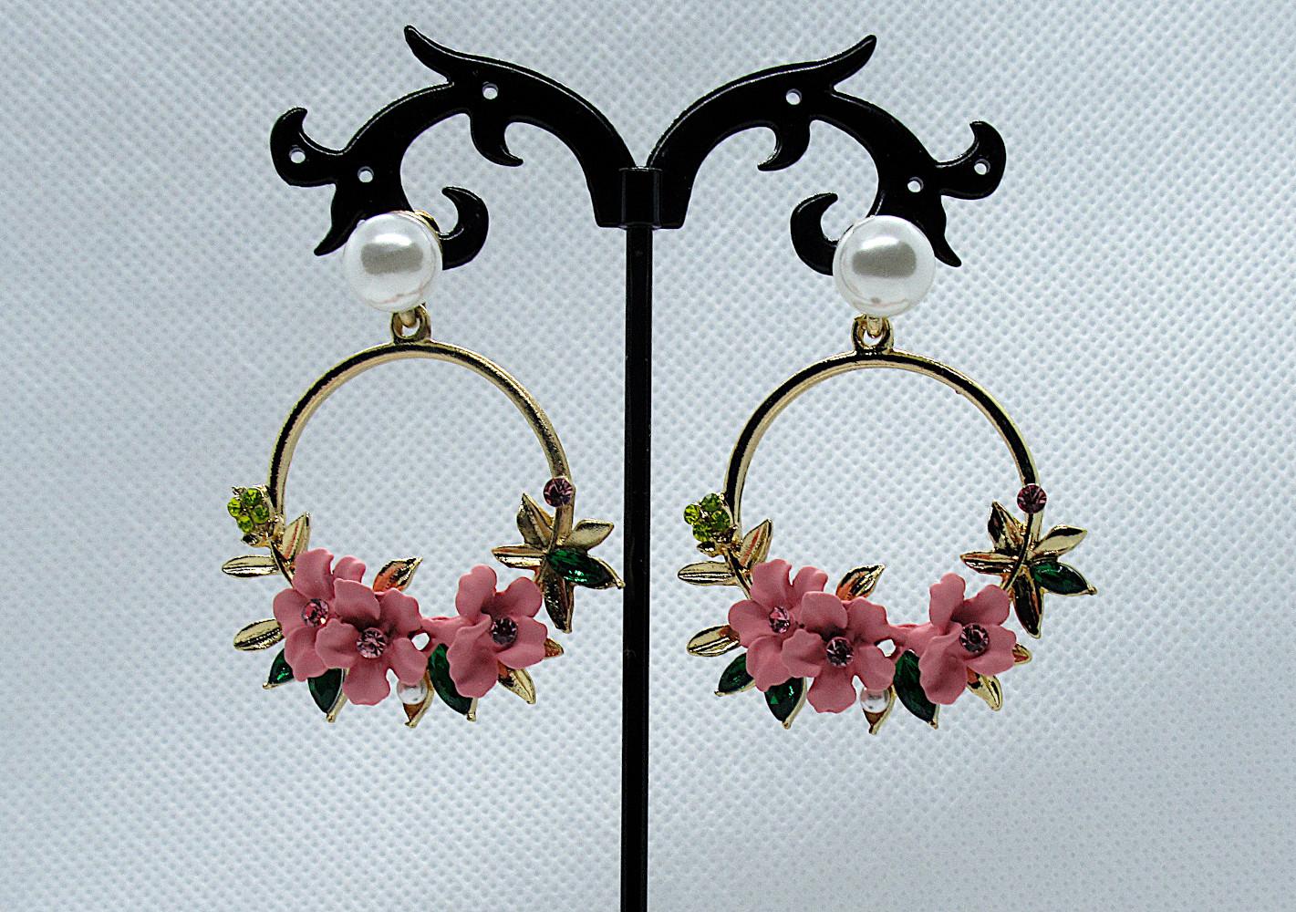 PA-304_Crystal and Pearl Floral Wreath Hoop Earrings-pink1