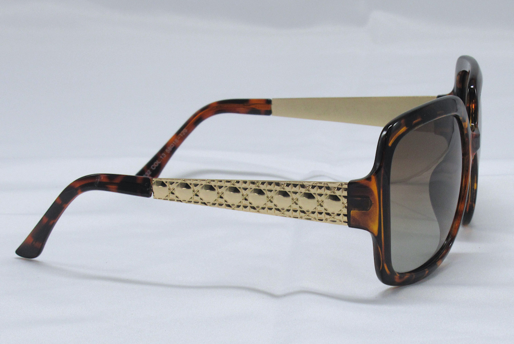 Polarized Sunglasses 100% UV Protection - Tortoise and Gold